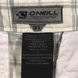 O'Neill Shorts - O'NEILL Mens 31 White Plaid Shorts